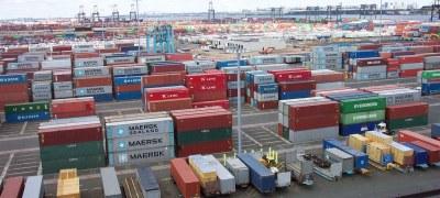 کارنامه درخشان کیش در رشد یک و نیم برابری صادرات و کاهش  واردات