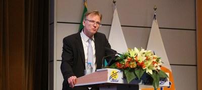 توسعه همكاري هاي لجستيكي ايران و آلمان؛ دستاورد مهم كيش اينوكس ٢٠١٧