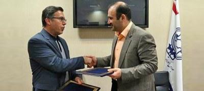 بورس تهران و منطقه آزاد کیش تفاهم نامه همکاری امضاء کردند