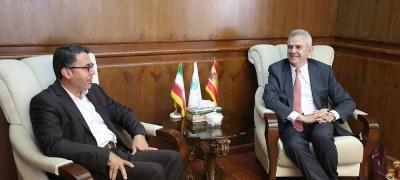 دیدار سفیر اسپانیا با مدیرعامل سازمان منطقه آزاد کیش با هدف توسعه روابط اقتصادی و گردشگری
